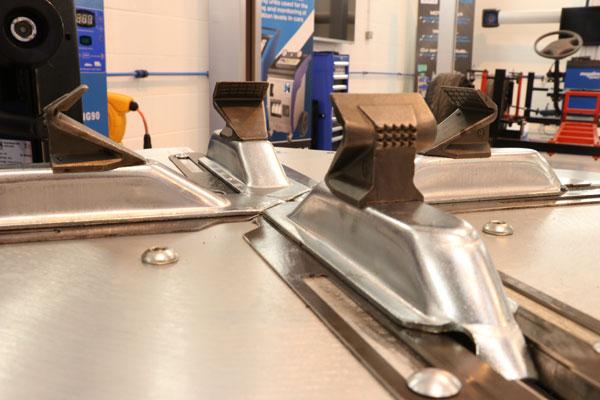 Hofmann Megaplan patented quadraclamp jaws