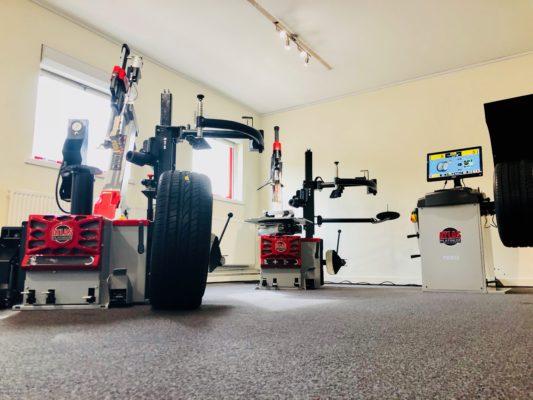 Tyre Bay Direct Showroom 2018 Atlas Platinum Range