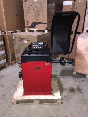 Redback 825 Wheel Balancer [Ex-Demo Machine]