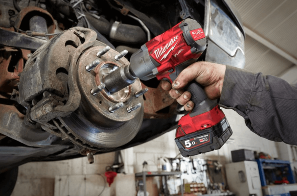 Milwaukee M18 One-Key Fuel Imp Wr 1:2in Frictn Ring in use on a vehicle