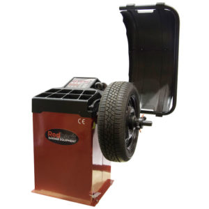 RB800 wheel balancer with wheel
