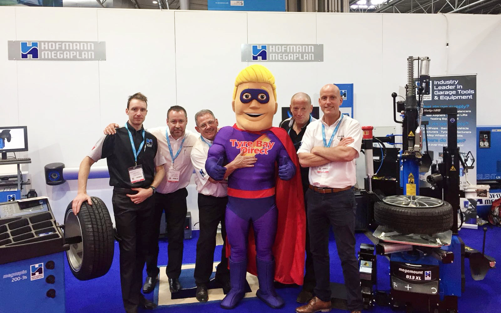 Tyre Bay Dave with Automechanika Exhibitor 11