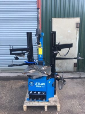 this top of the line Atlas Equipment Tyre Machine could be the game changer for your garage services.