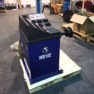 Atlas WB10E Manual Data Input Motorised Wheel Balancer machine